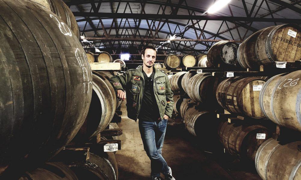 Of El Voyage Magazine R6 Rob In Distillery La Meet Rubens Segundo knwZN80OPX